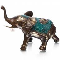 Слон в зеленой попоне (хобот вверх)