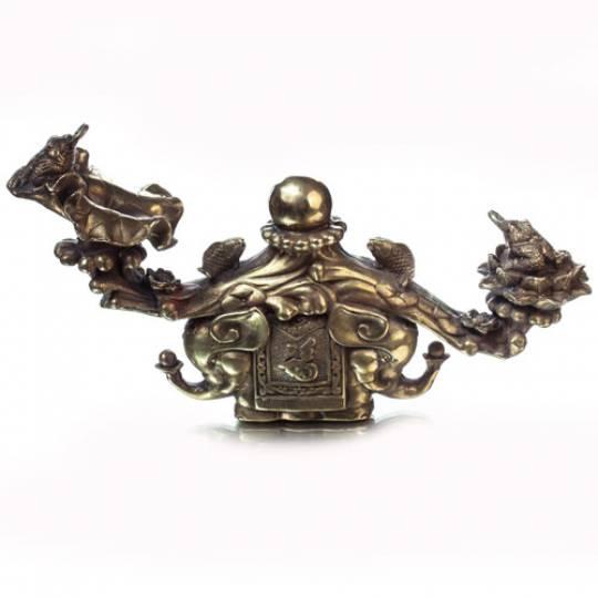 Жезл Жуи на слонах с жемчуженой и жабами