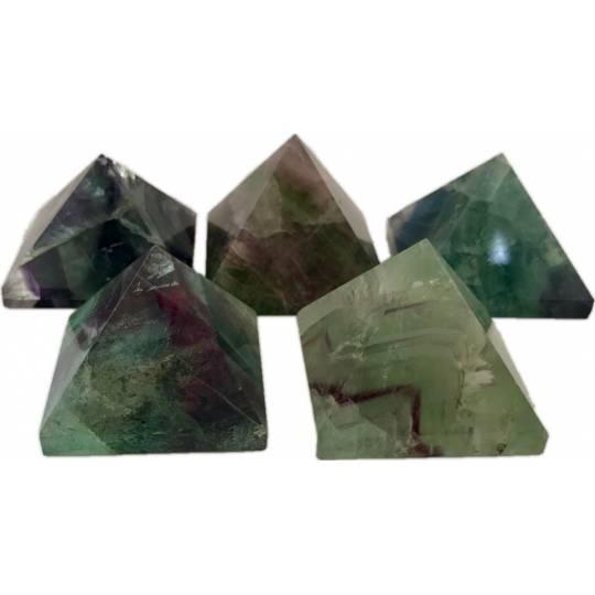 Пирамида из натурального камня